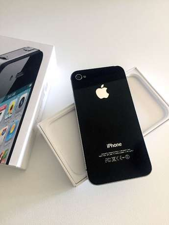 iPhone 4s - Black 16G in good condition Durbanville - image 4