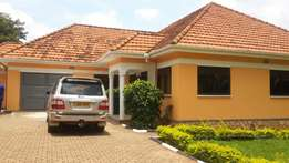 3bedrooms House for rent in Ntinda town centre