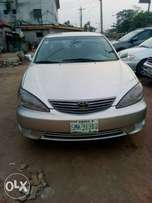 Neatly used Toyota Camry 2.4