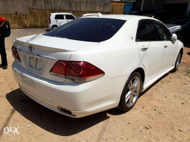 Brand new Crown Athlete with body kit Mombasa Island - image 8