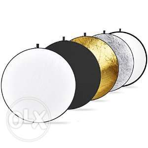 "NEEWER 43"" 110cm 5 in 1 Reflector for Studio Photography n carryn bag Nairobi CBD - image 1"