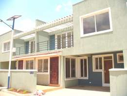 4 bedroom Town House + DSQ (All en-suite) maisonettes for sale