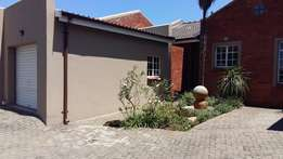 2 Bedroom Townhouse to let R6150 pm