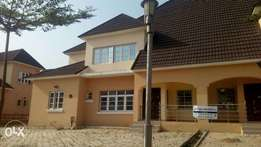 A well finished 3 bedroom duplex with 2 sitting rooms