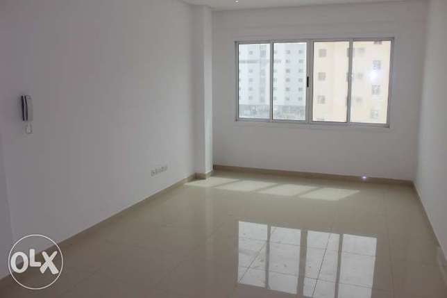 Modern 2 Bed flat in Hidd w Balcony