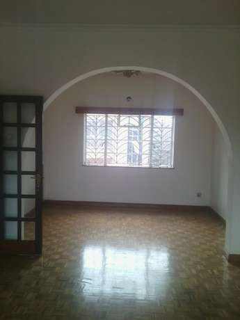 Westlands 2 br office space at 90k.free parking for one vhicle.clean Westlands - image 1