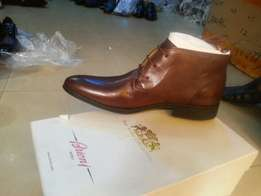 Italian ankle shoes