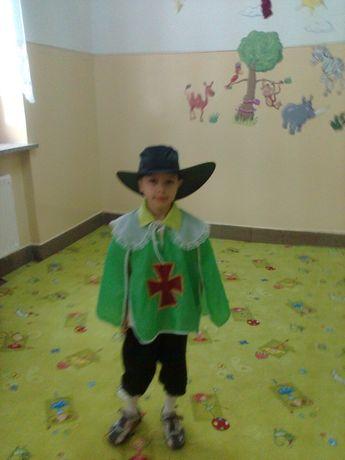 1328ed07807cda Bal , karnawał, kostiumy dla dzieci Muszkieterzy, Rozmiar 116, 134-140  Konieczkowa