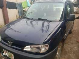 Registered 2006 Peugeot Partner Combi (Manual+AC)