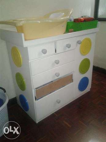 Chest of drawers South C - image 1