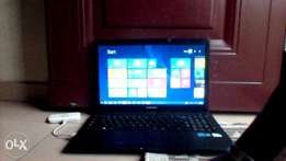 Used CLean SUMSUNG laptop