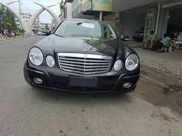 Mercedes Benz E 350 fully loaded