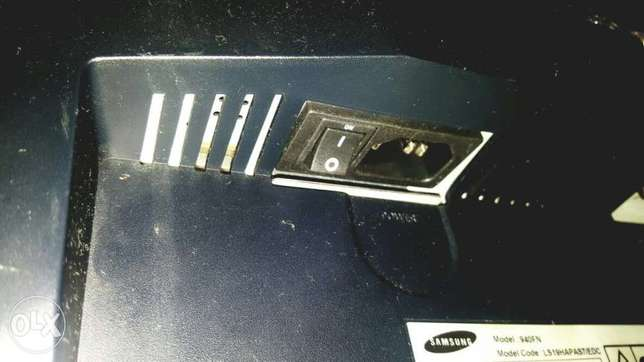 19in Samsung Screen Great Condition Westlands - image 4