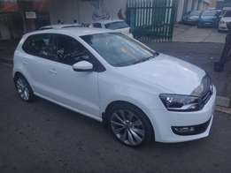 Used cars in Johannesburg! immaculate 2011 VW Polo 1.4 Comfort-Line