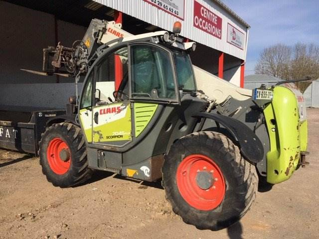 Claas Scorpion 7045 Plus - 2013