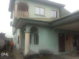 Good 6 Bedroom Duplex at Osongama Estate