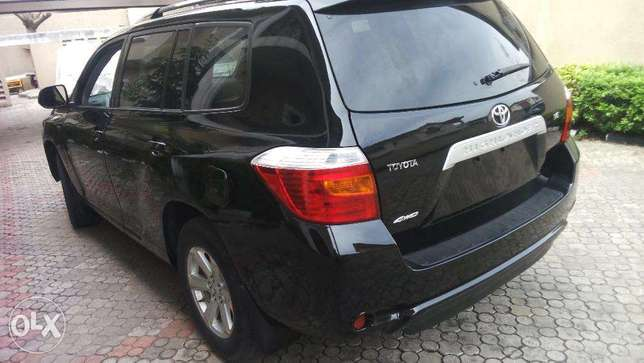 super clean tokunbo toyota highlander 2008 model for 5.2m Lekki - image 4