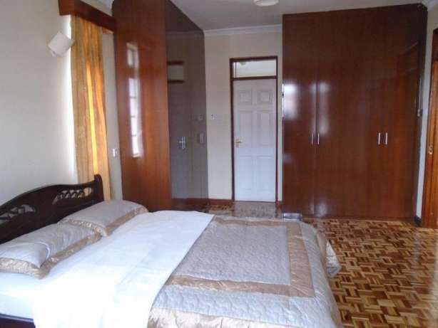 Exquisite 3 bedroom furnished and serviced apartments to let Nairobi CBD - image 7