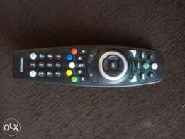 Universal dstv remote /top TV