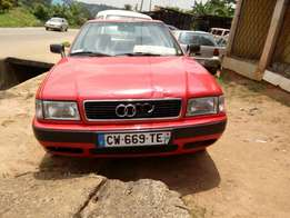 Audi 80 Tiger Face Red
