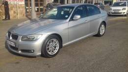 2010 BMW 320i A/T one owner clean car