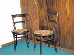 5 Bentwood Chairs In beautiful Condition