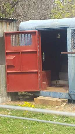 container in a great condition Thaba Nchu - image 2