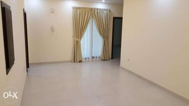 new hidd/ 3 BHK flat Semi furnished/2 balconies