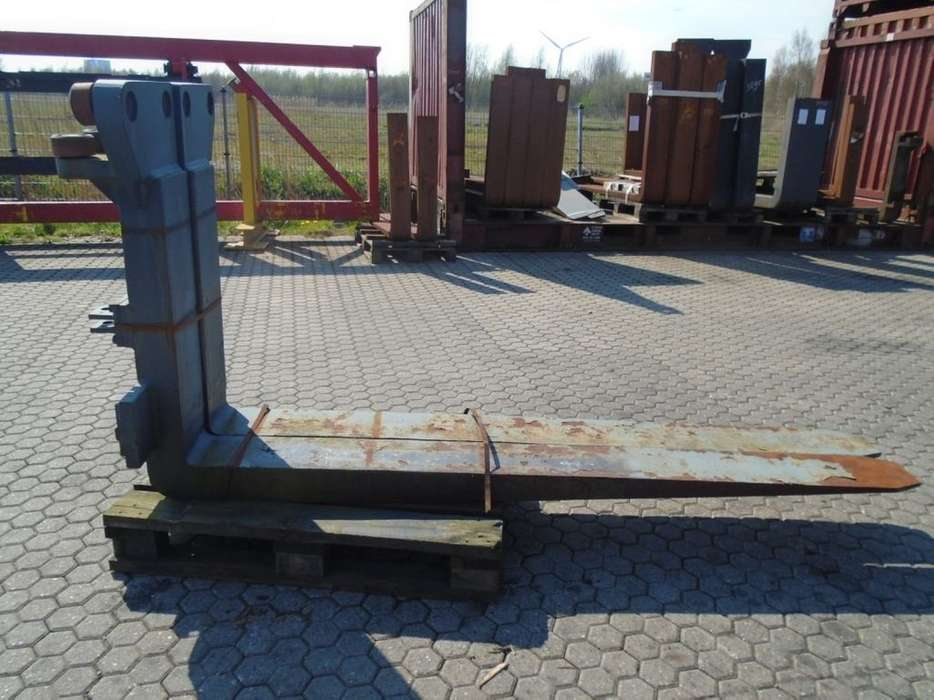 FORK Fitted with Rolls, Kissing 28.000kg@1200mm //
