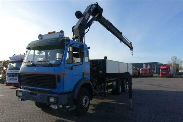 Mercedes-Benz SK2435 6X2 WITH HIAB 205 - 1992