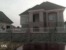 A 5bedroom fully detached duplex for sale