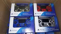 PS4 and PS3 gamepads