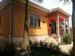 3 bedroom house for sale in najeera-buwate at 160m