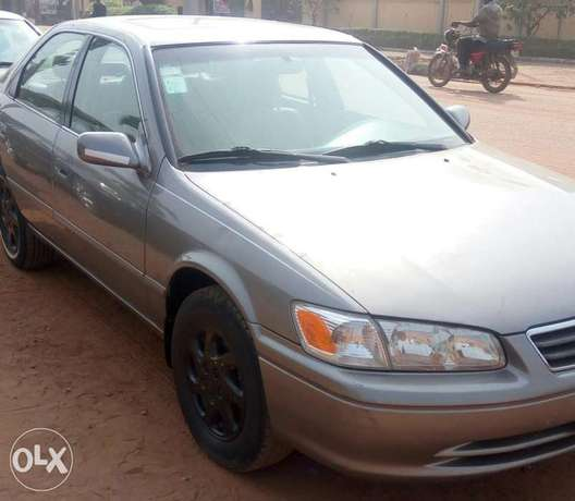 Toyota Camry 2000, just 3/ month used very clean and sharp Lagos Mainland - image 1