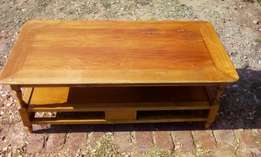 Wooden Coffee Table J 2781
