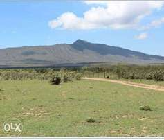 Longonot plots for Sale with view of Lake Naivasha at 400K Only