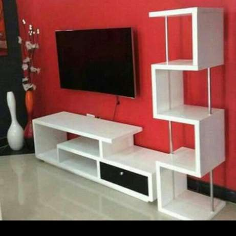 Classic tv stand Donholm - image 1