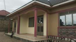 Brand new 2bedrooms,2toilets in Namugongo-sonde near main at 500k