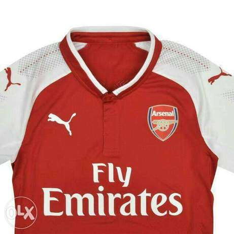 Arsenal red home Jersey Lagos Mainland - image 1