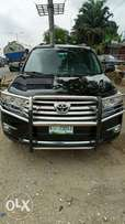 2012 Toyota Highlander bought brand new or tier rubber 45000 km only