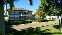 5bedroom with SQ on sale Elgon view estate on 1/2 acre