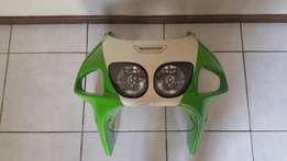 Kawasaki Zx7R original fearings set with head light and extras