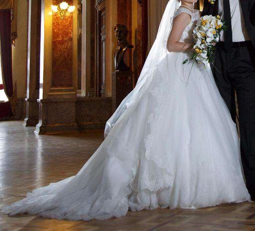 Не вінчана весільна сукня b0664a8de8225