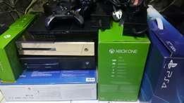 Xbox one gold in colour.