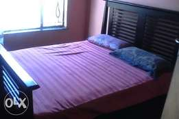 jenny bed with matching pedestal's