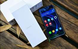 New Huawei Honor 8 sealed in shop