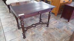 Antique French 1-drawer Table