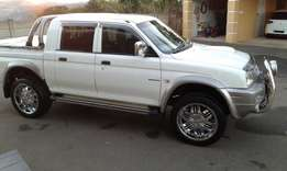 20 inch Bakkie mags and tyres for sale