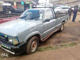 It's buy and drive petrol engine pickup and it's 3Y engine