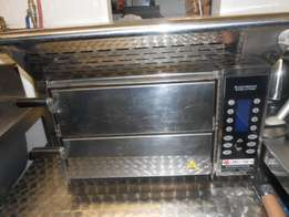 l am selling my Pisa oven